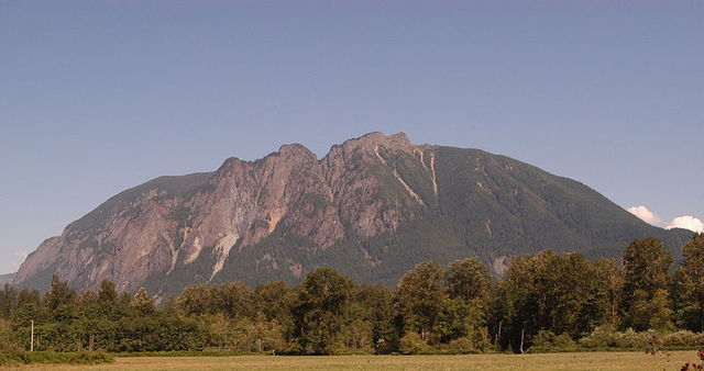 The majestic mountain! Yes, we hiked from the very bottom to the very top (the massive rocks at the top).
